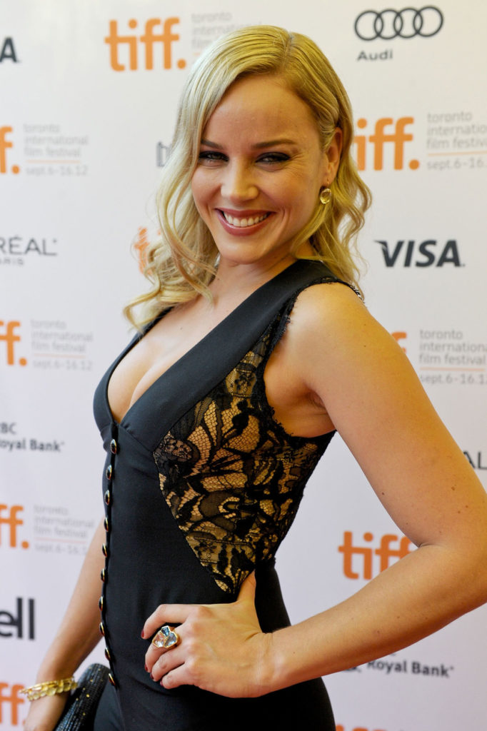Abbie Cornish Hot