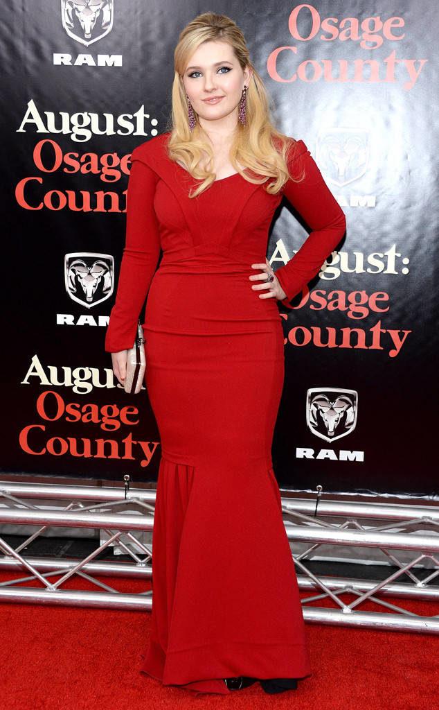 Abigail Breslin In Gown Photos