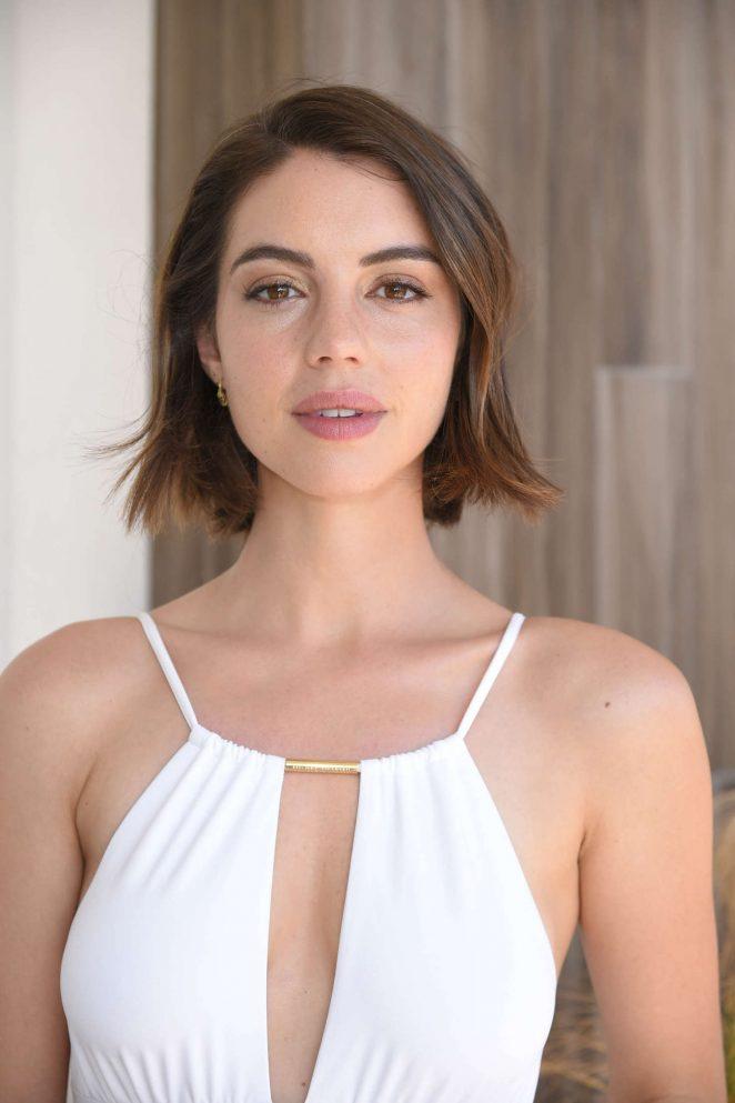 Adelaide Kane Short Haircut Photos