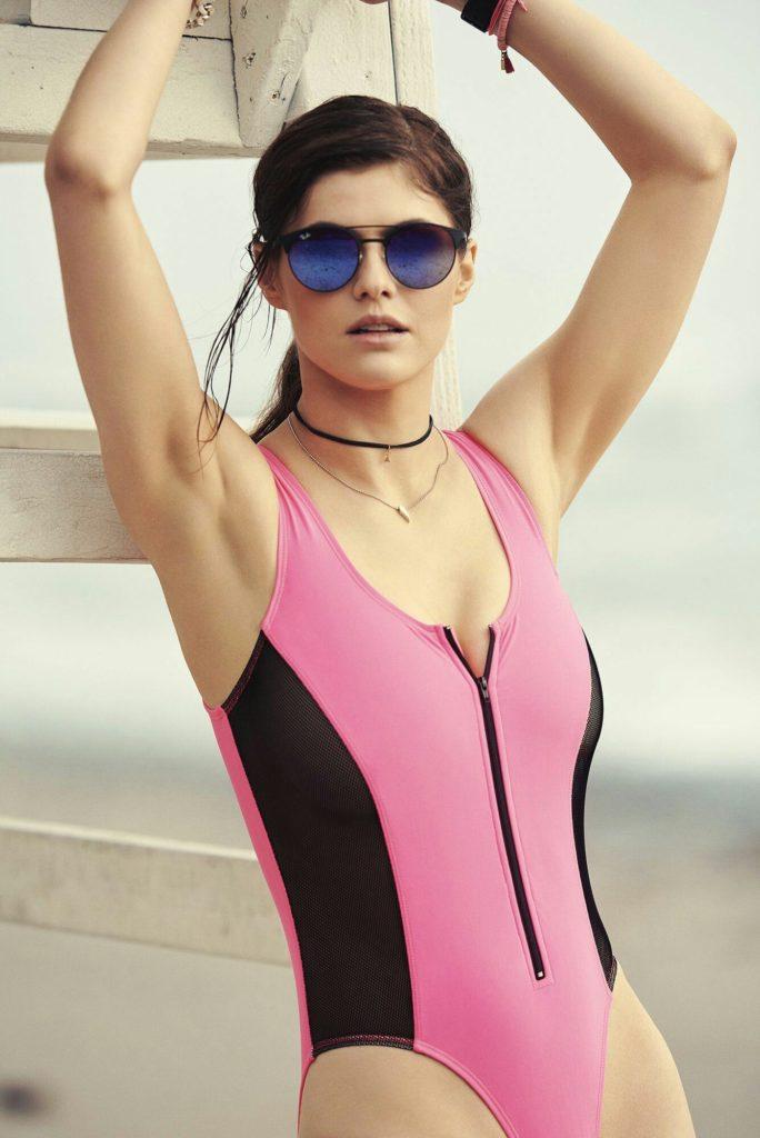 Alexandra Daddario Bikini Pictures