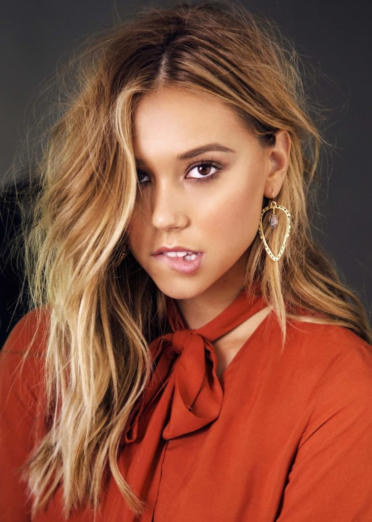 Alexis Ren Hot Pictures Pose Prove That She Could Be Most