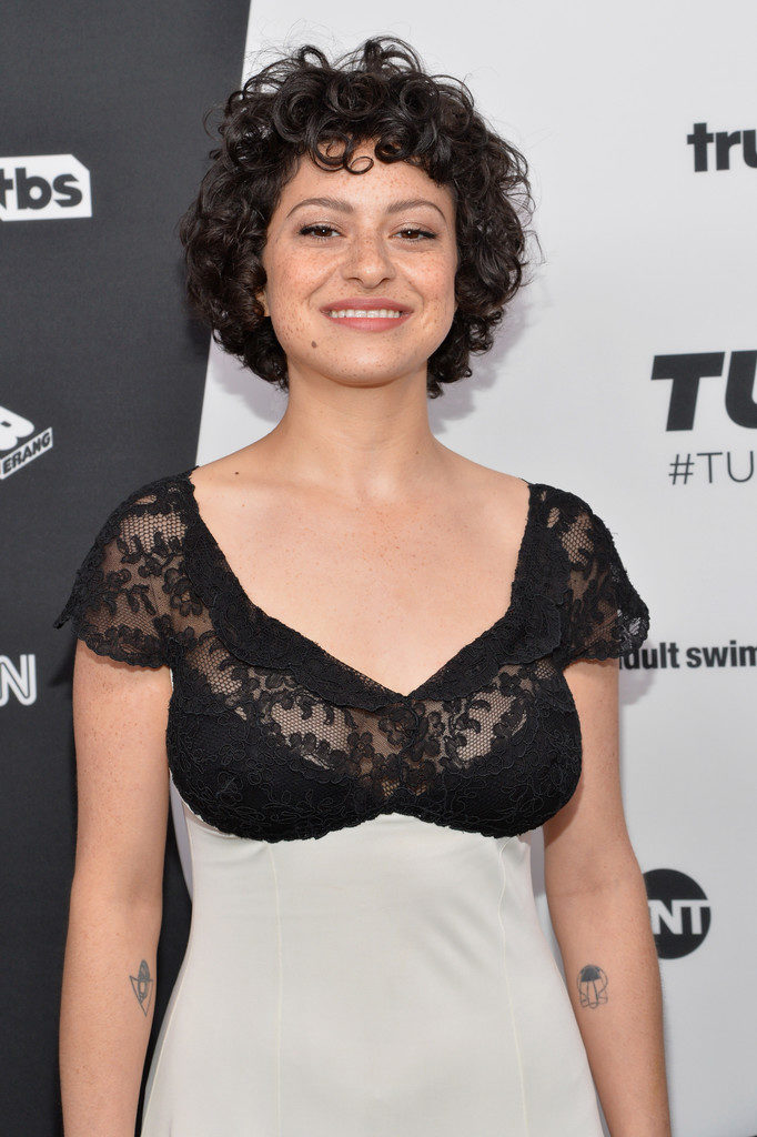 Alia shawkat boobs