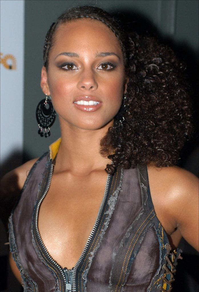Alicia Keys Boobs Photos