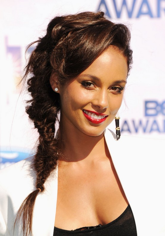 Alicia Keys Makeup Pictures