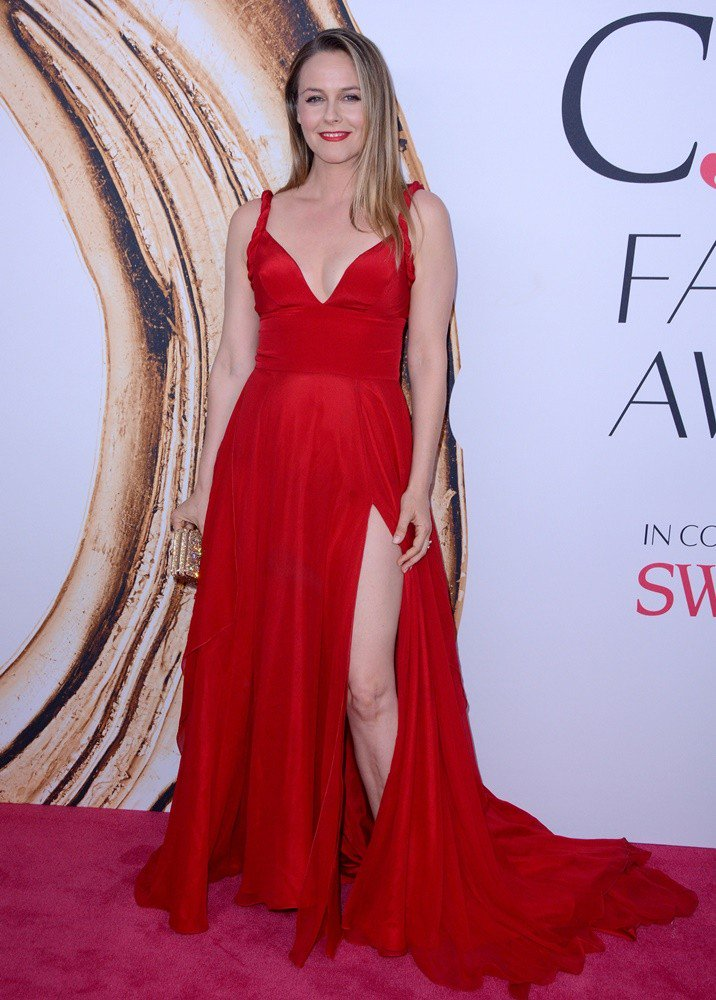 Alicia Silverstone Gown Wallpapers