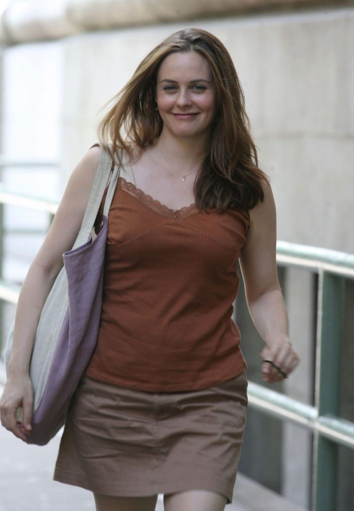 Alicia Silverstone Legs Photos