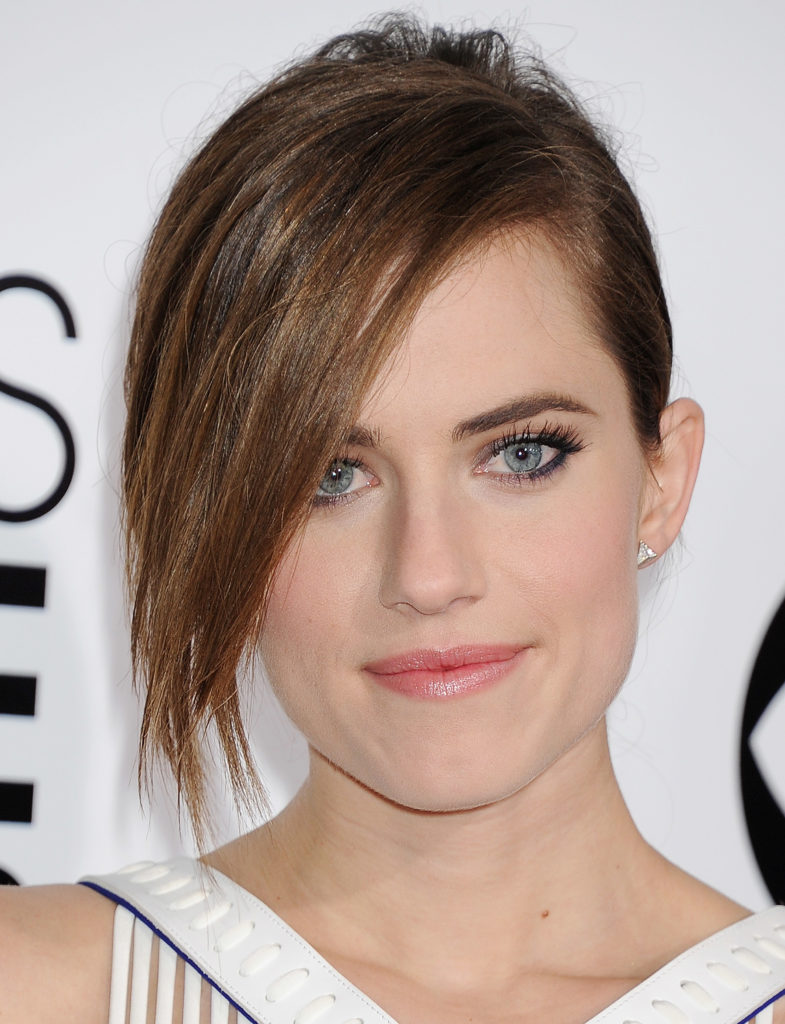 Allison Williams Hair Style Wallpapers