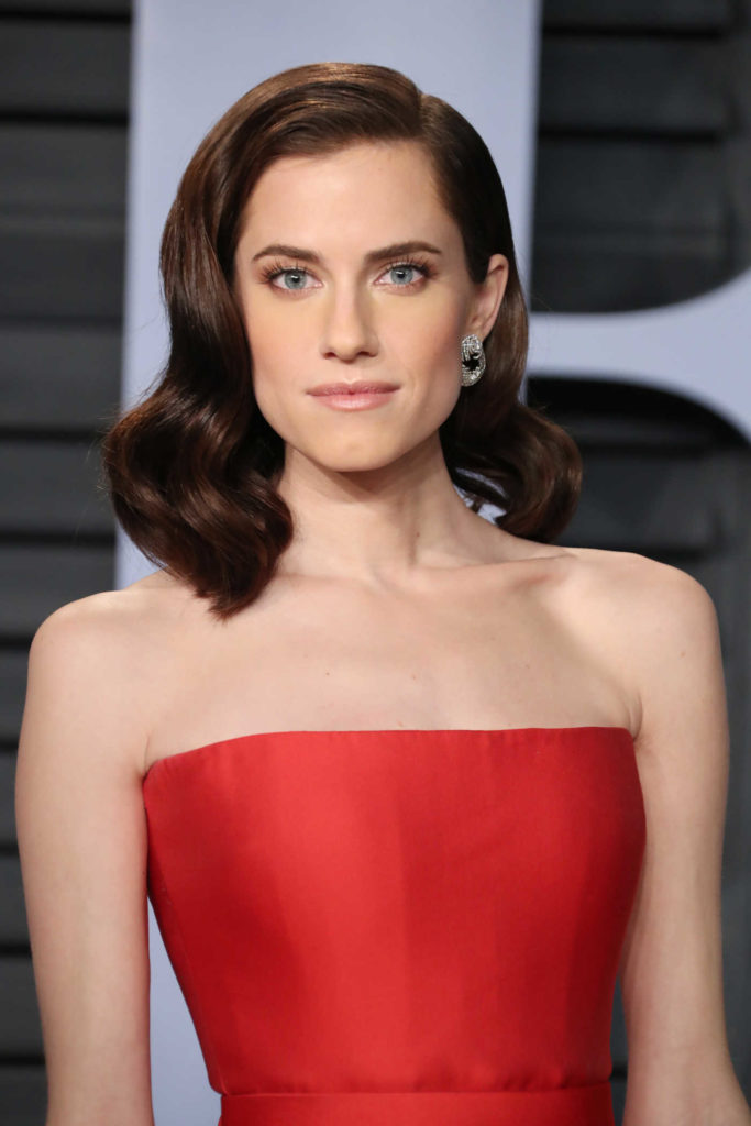 Allison Williams Muscles images