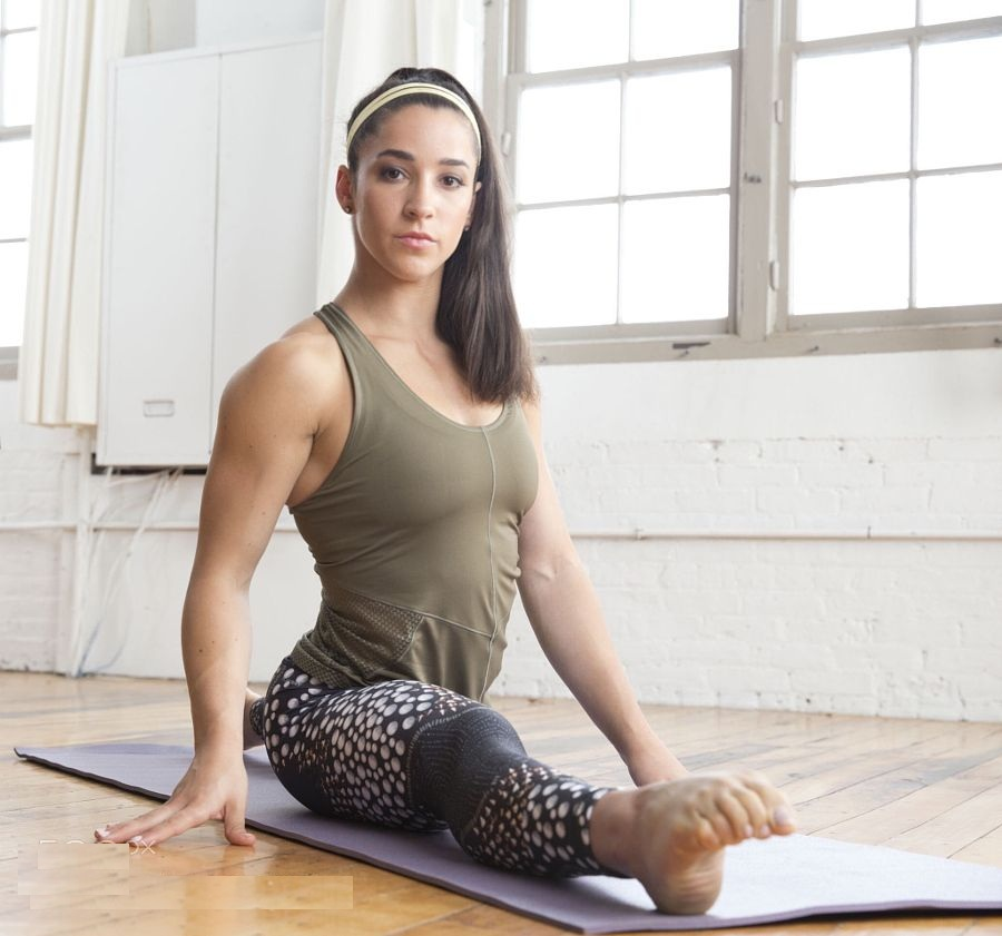 Aly Raisman Workout Pictures