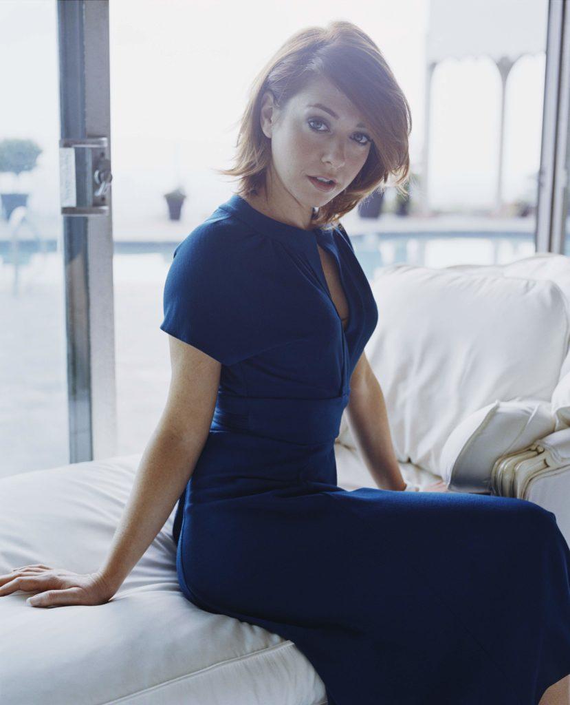 Alyson Hannigan Hot Pictures