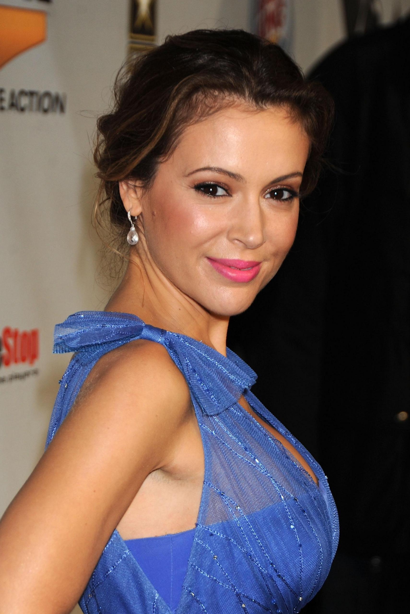 33 Hot Pictures Of Alyssa Milano - Samantha Micelli in Who's the Boss?