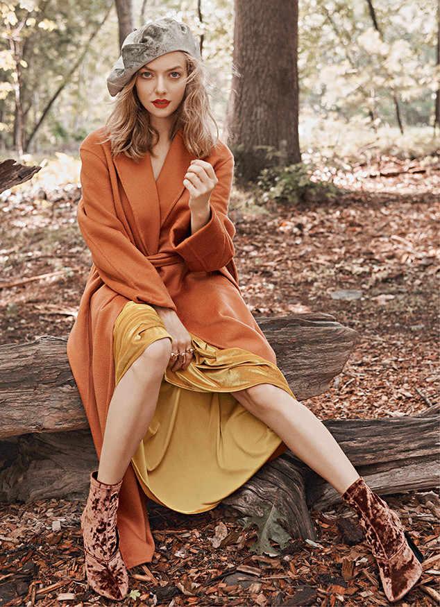 Amanda Seyfried Legs Photos