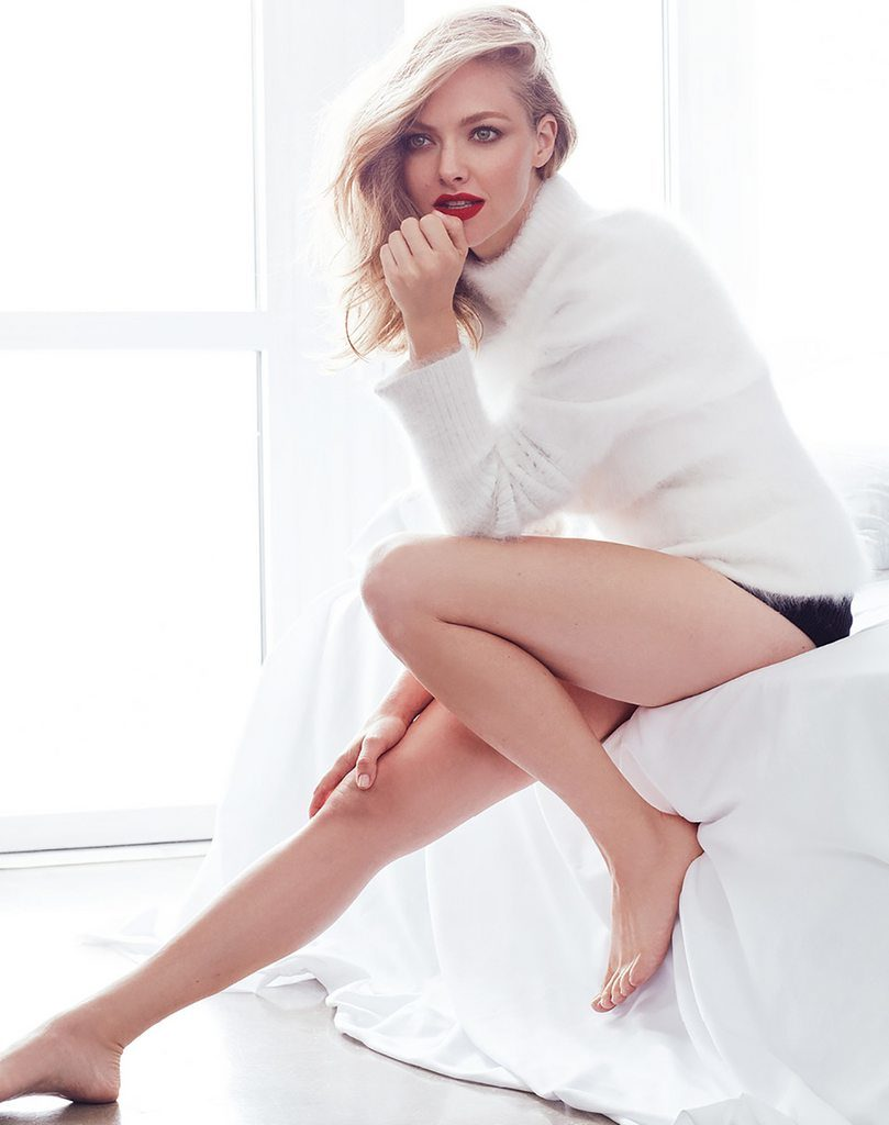 Amanda Seyfried Thighs Wallpapers