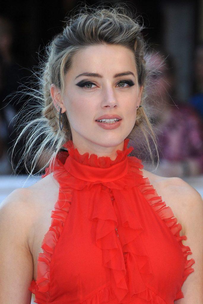 Amber Heard Beautiful Pics