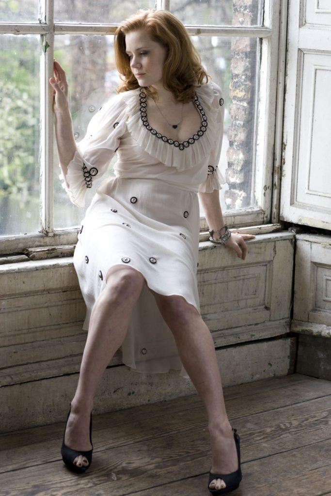Amy Adams Legs Wallpapers