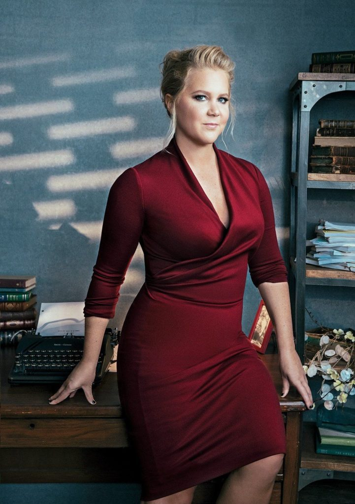 Amy Schumer Legs Photos
