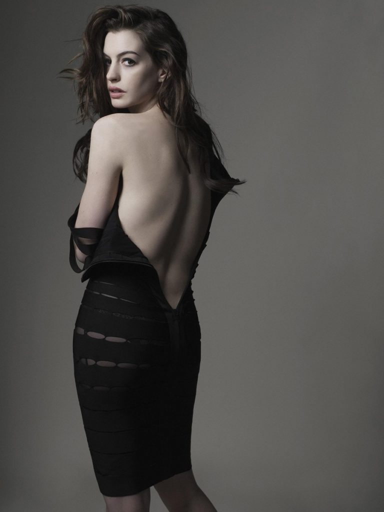 Anne Hathaway Backless Pics