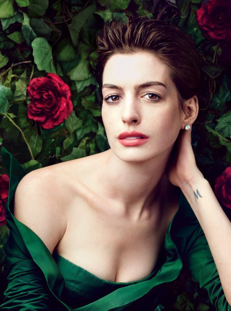 Anne Hathaway Breast Pictures