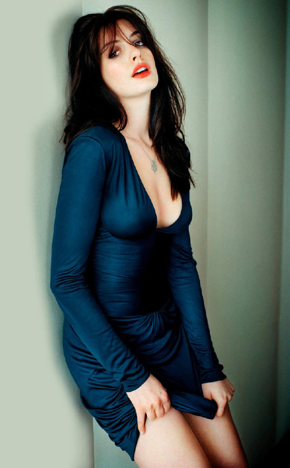 37 Hot Pictures Of Anne Hathaway - Catwoman in The Dark