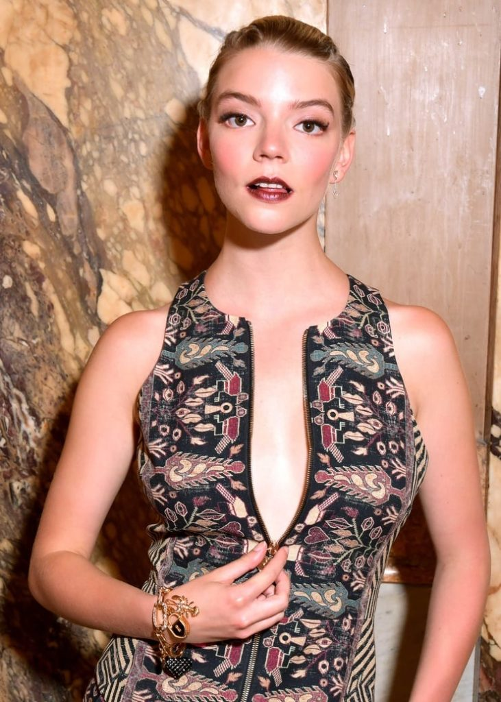 Anya Taylor Joy Topless Pictures