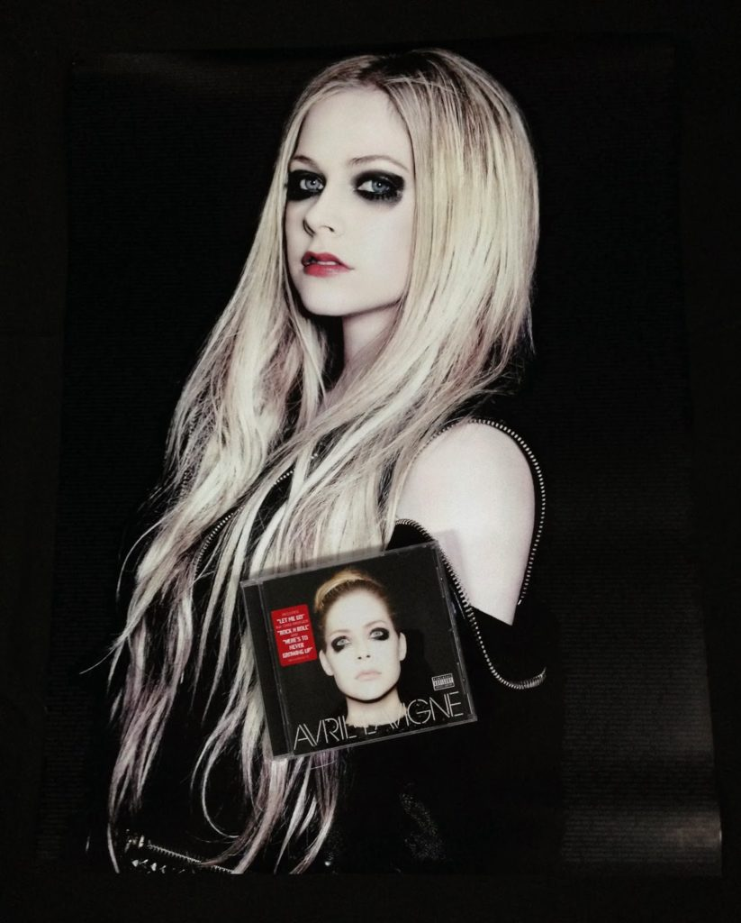Avril Lavigne Makeup Images