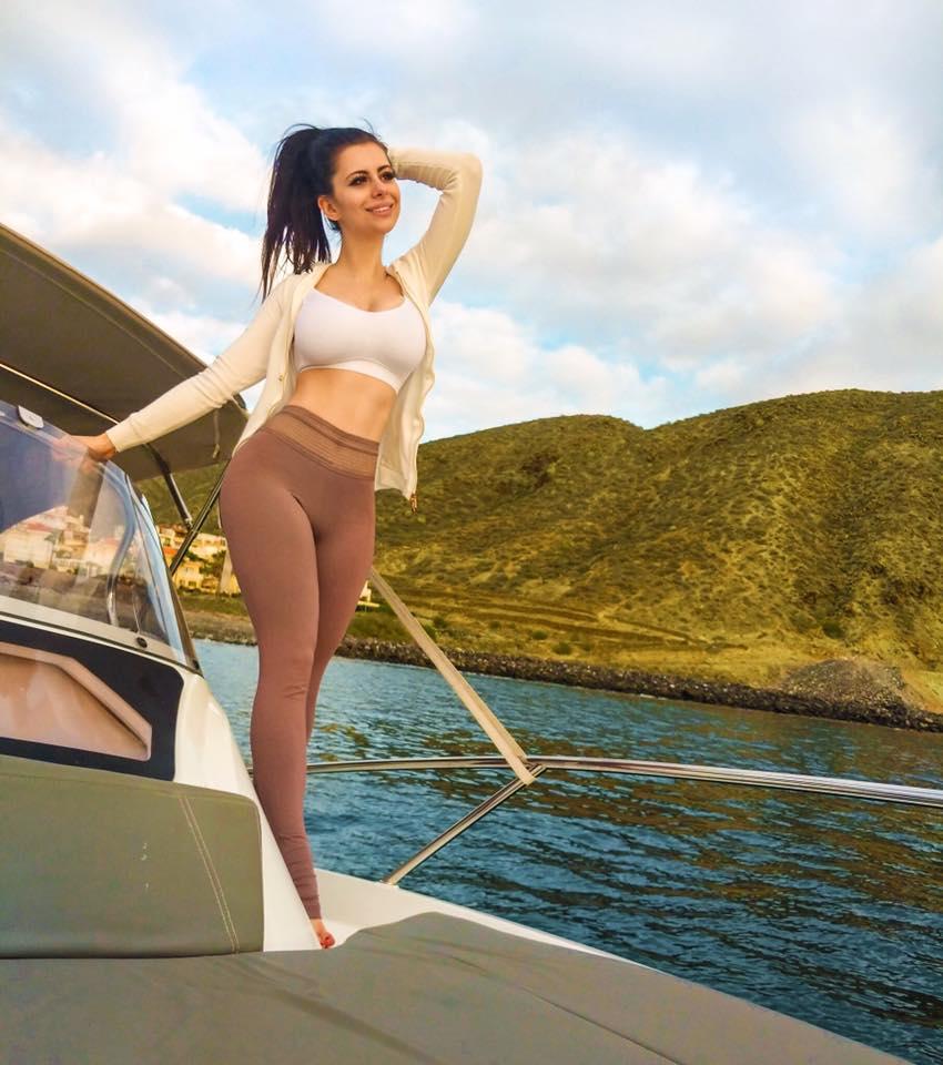 Azzyland Yoga Pants Pics