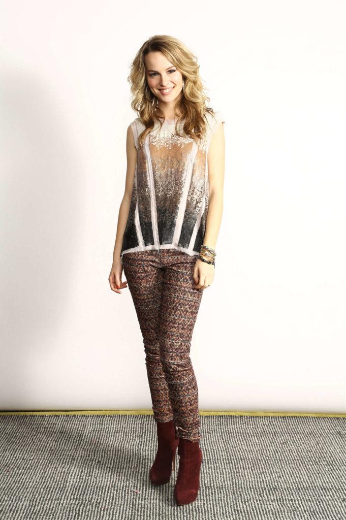 Bridgit Mendler Yoga Pants Pics