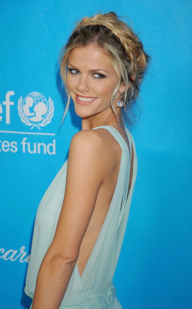 Brooklyn Decker Backless Photos