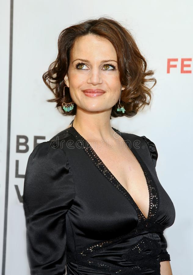 Carla Gugino Braless Photos