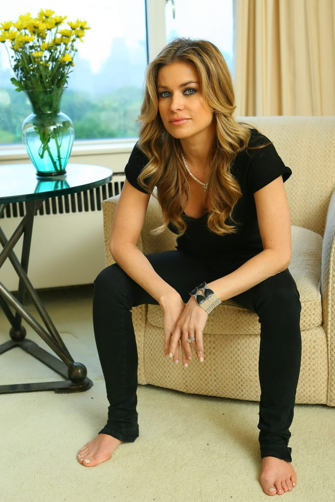 Carmen Electra Jeans Photos