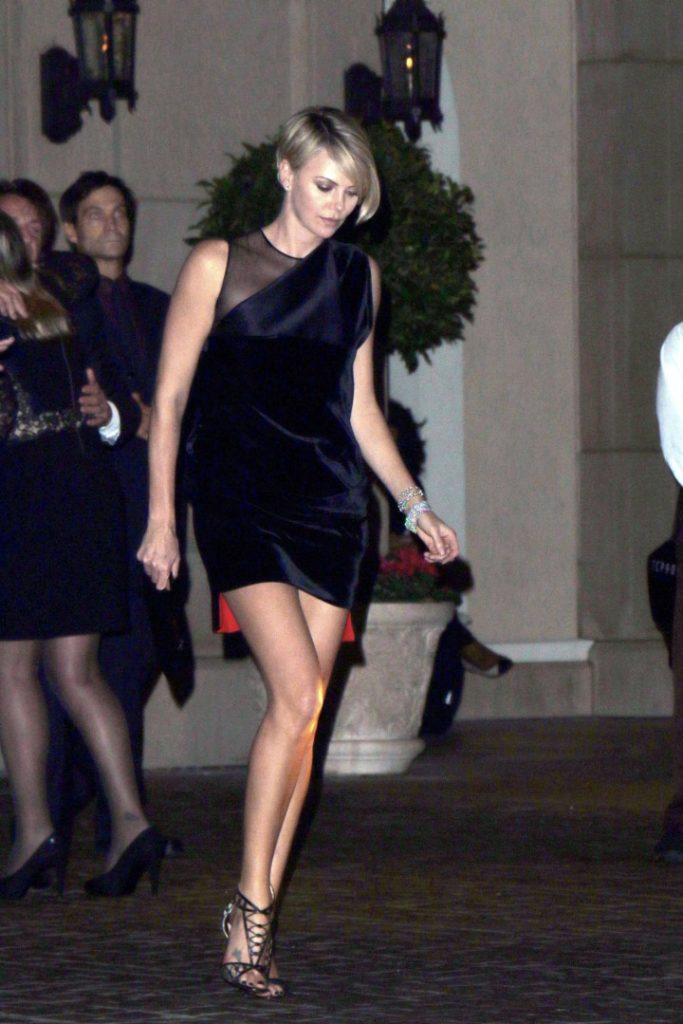 Charlize Theron Heals Pictures