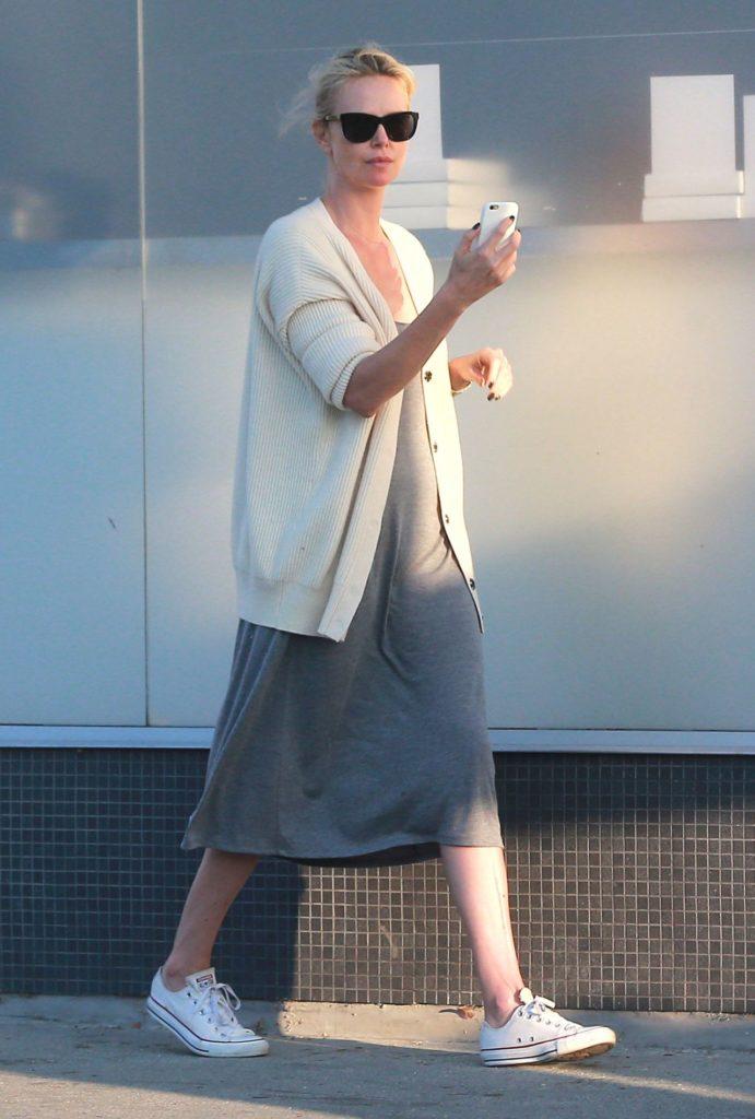 Charlize Theron Legs Photos
