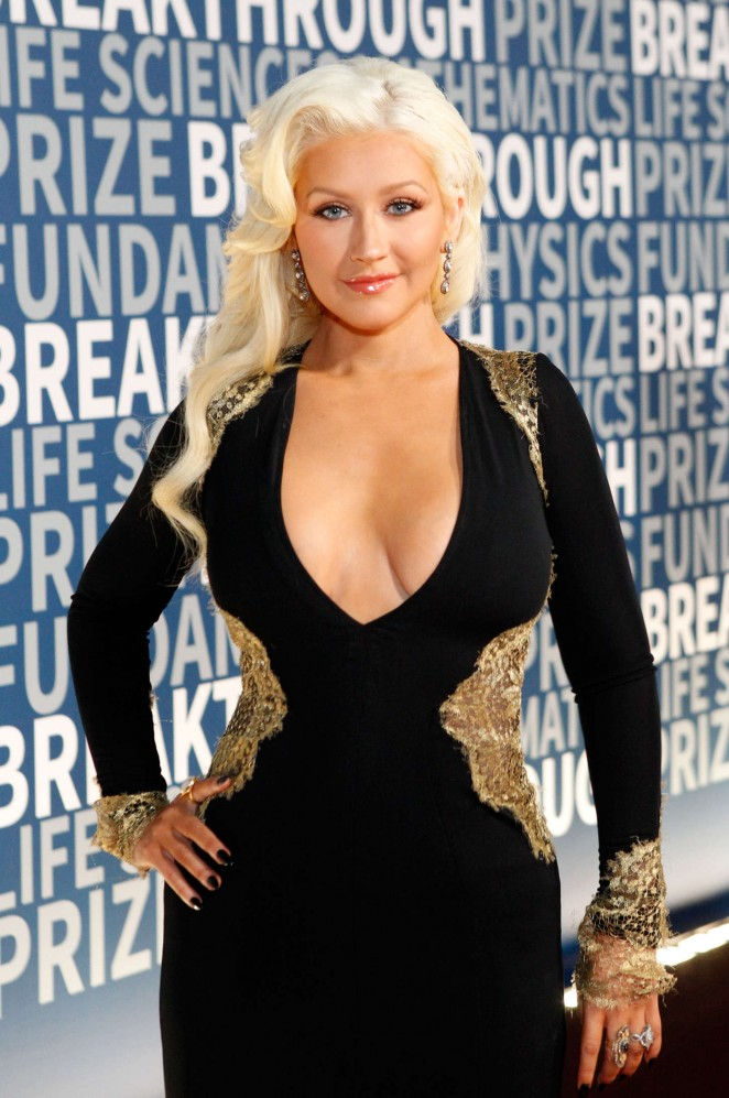 Christina Aguilera Boobs Pics