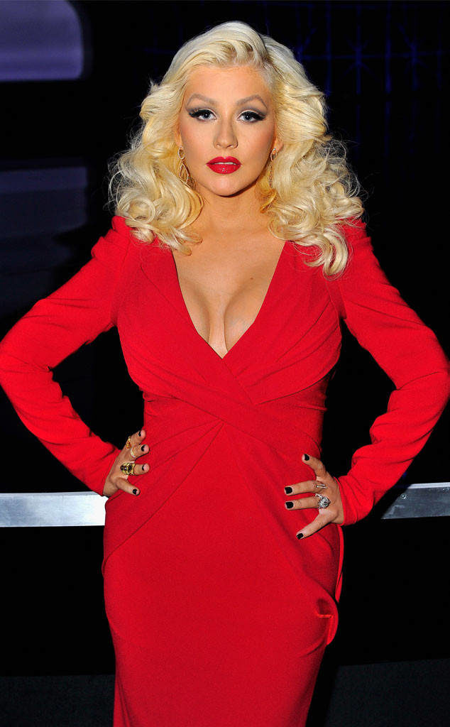 Christina Aguilera Braless Pics