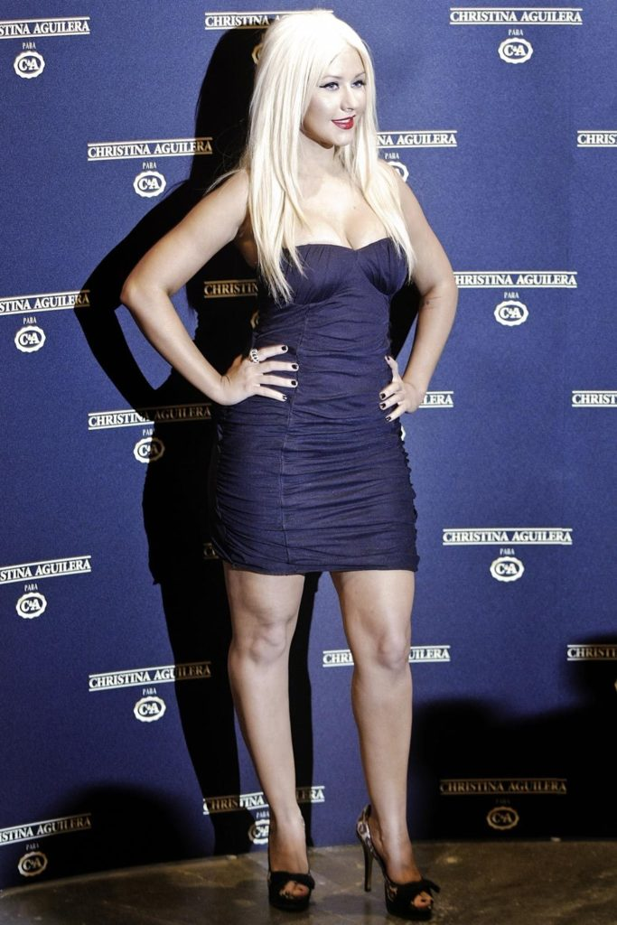 Christina Aguilera Feet Images
