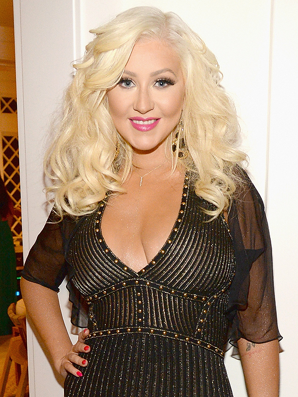 Christina Aguilera Sexy Wallpapers