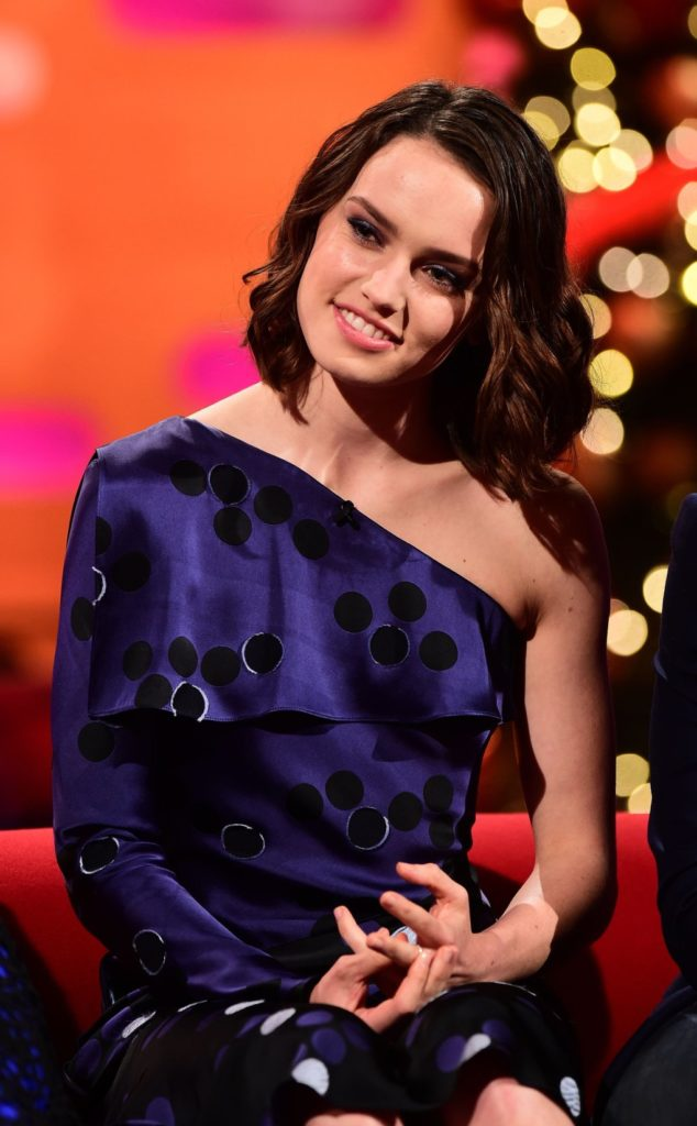 Daisy-Ridley-Smile-Face-Pics