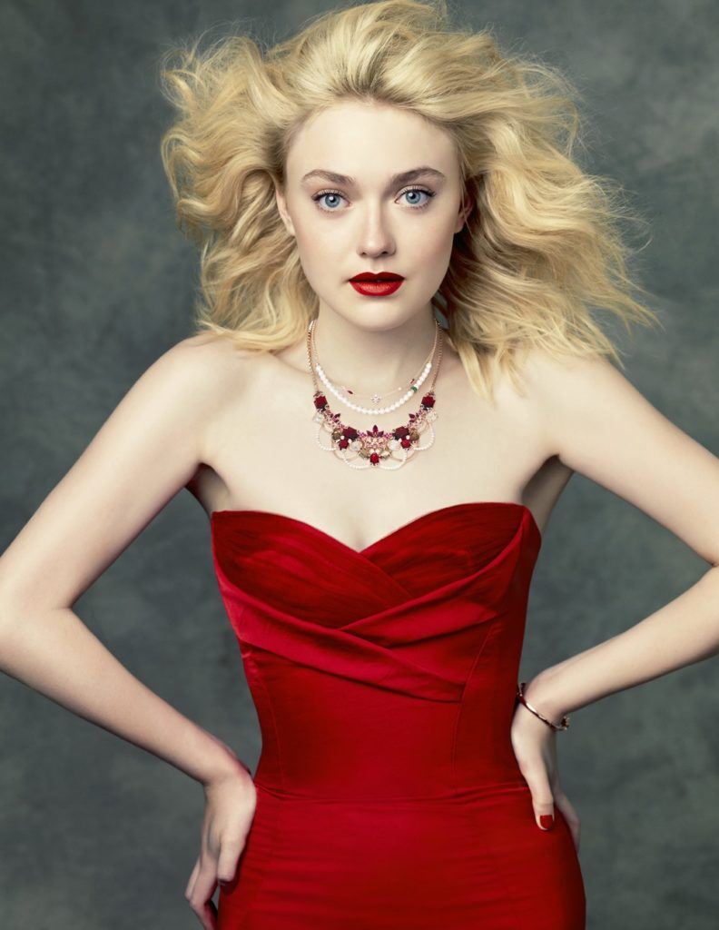 45 Hot Dakota Fanning Bikini Pictures Jane Volturi In The ...
