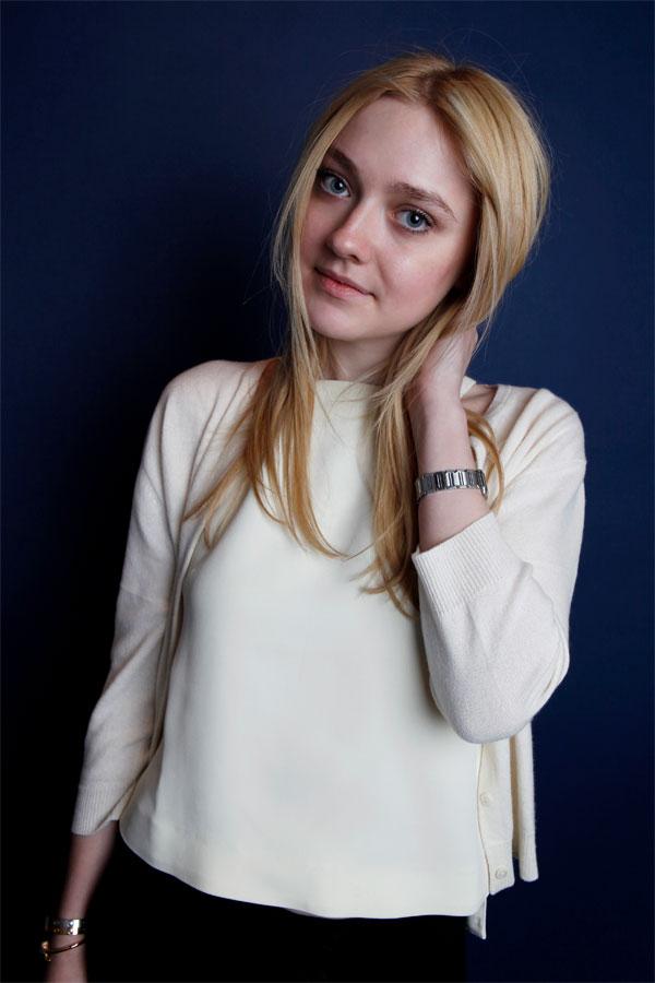 Dakota Fanning Photos Gallery