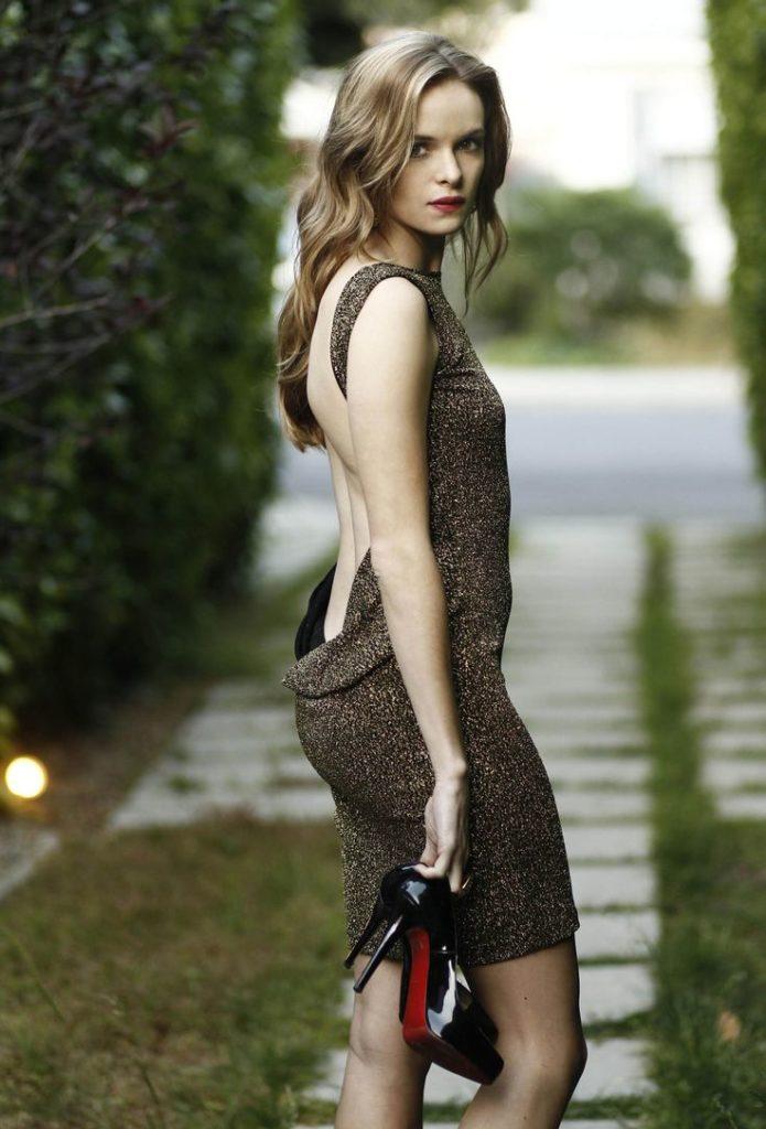 Danielle Panabaker Leggings Pics