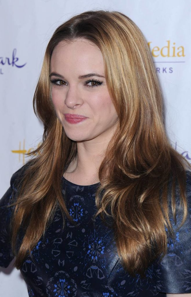 Danielle Panabaker Sexy Eyes Photos