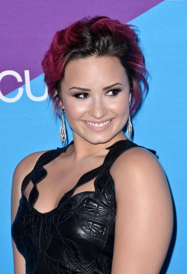 Demi Lovato Smile Images