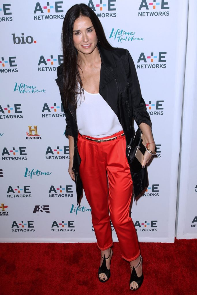 Demi Moore Jeans Photos