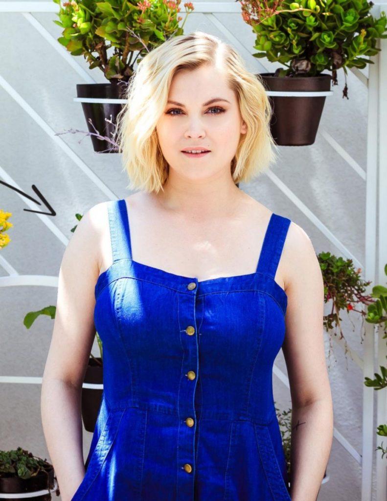 Eliza Taylor Hot Images