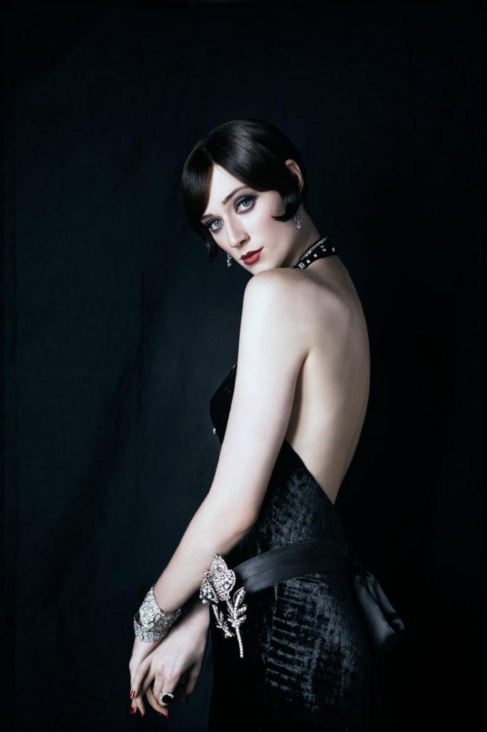Elizabeth Debicki Backless Pictures