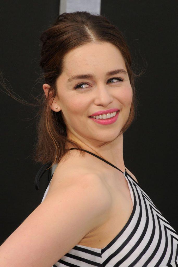 Emilia Clarke Makeup Pics