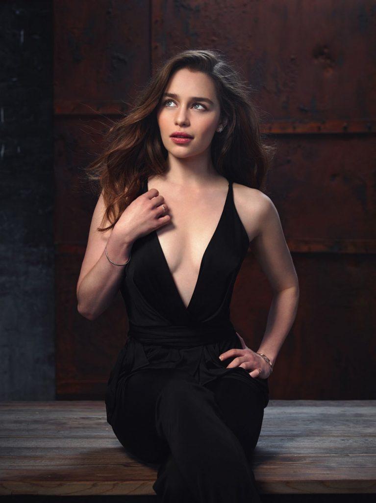Emilia Clarke Topless Pics