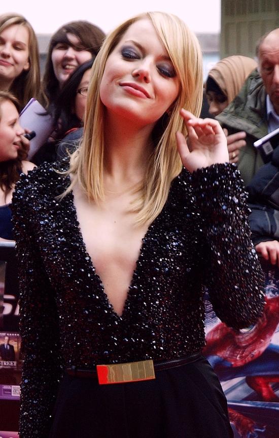 Emma Stone Boobs Pics