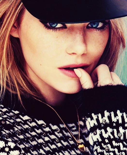 Emma Stone Sexy Eyes Images