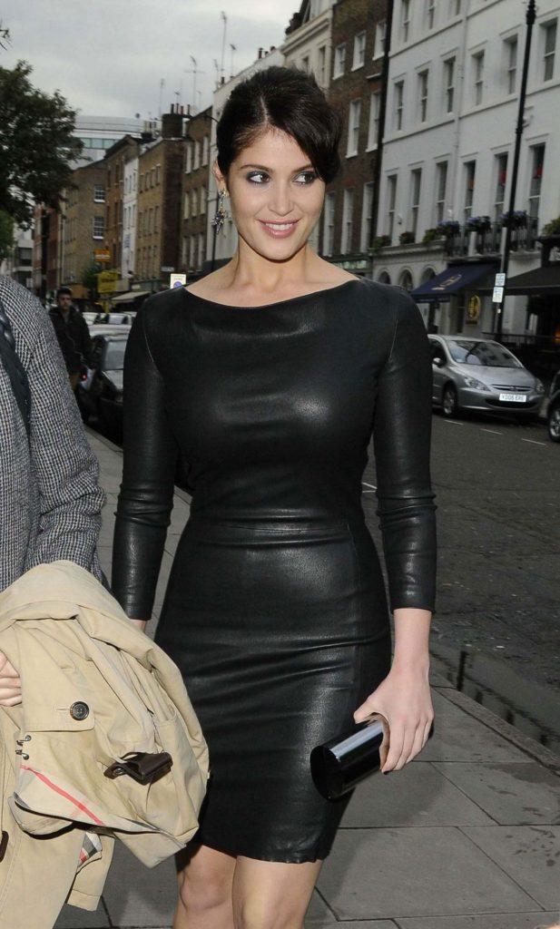 Gemma Arterton Body Images